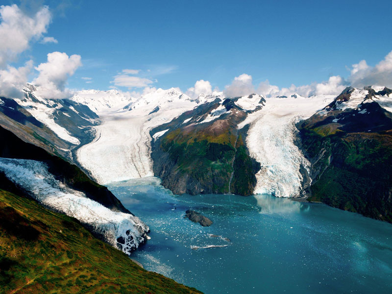 Alaska Luxury Tour with Stillpoint Lodge and Denali by Train